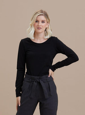 Untouched World Machine Washable Merino - Scoop Neck (Black)