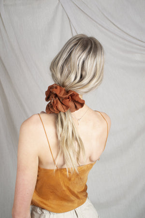 Mega Scrunchie - Volume Silk Terracotta