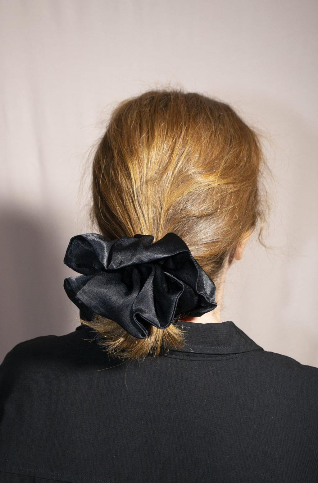 Mega Scrunchie - Volume Viscose Silk Black
