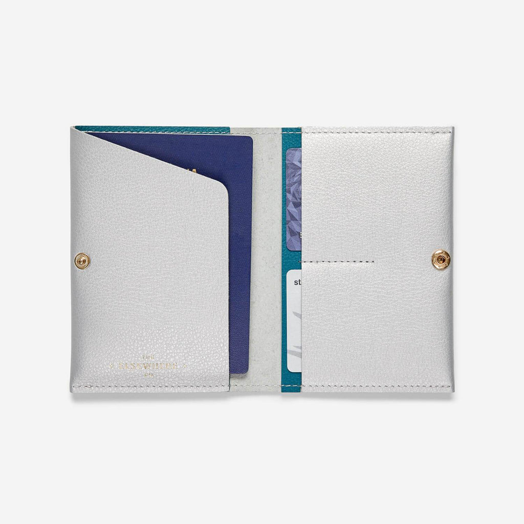 Passport Cover - Faraway