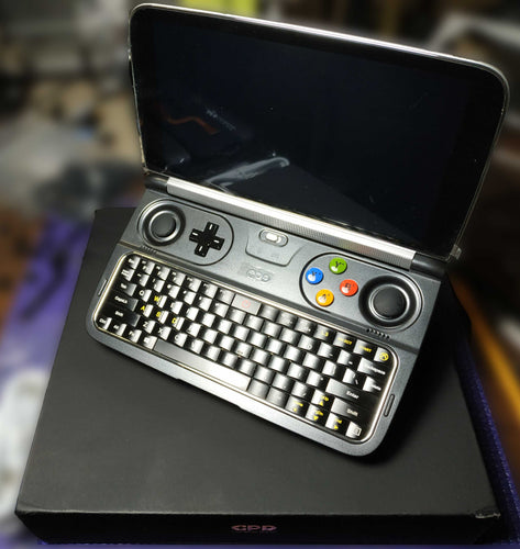 GPD WIN 2 - m3-7Y30 - REFURBISHED -New Cooling Mod Installed