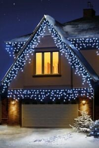 Premier 720 LED Snowing Icicle Lights (2 colour variants)