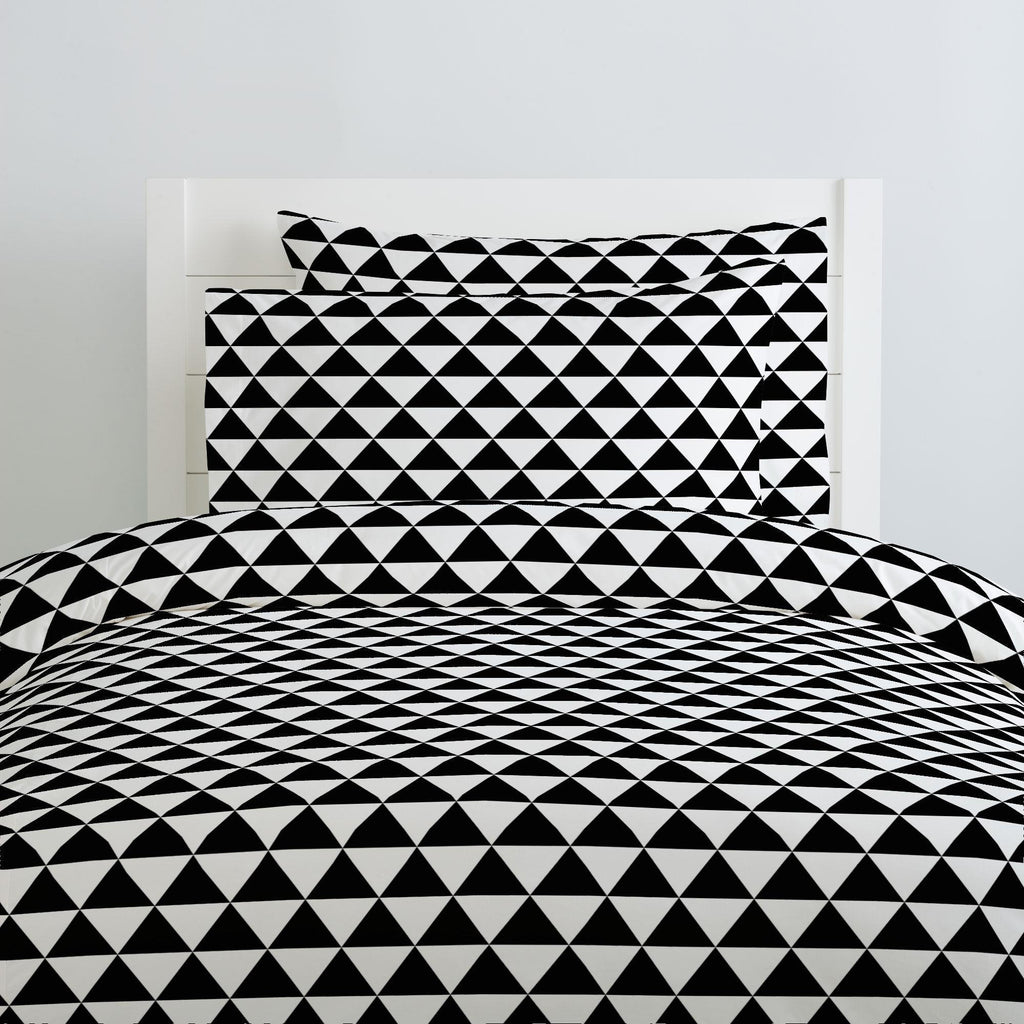 Product image for Onyx Triangle Stack Duvet Cover