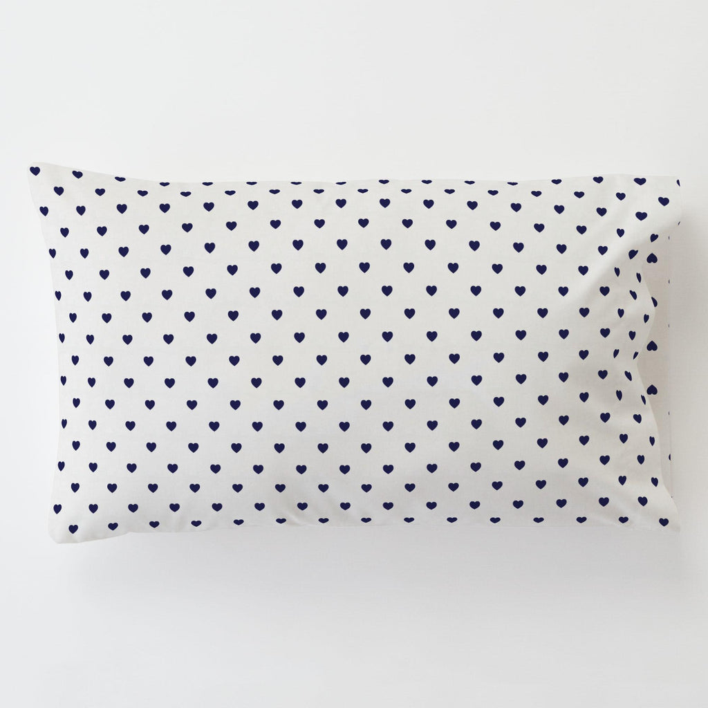 Product image for Windsor Navy Hearts Toddler Pillow Case with Pillow Insert