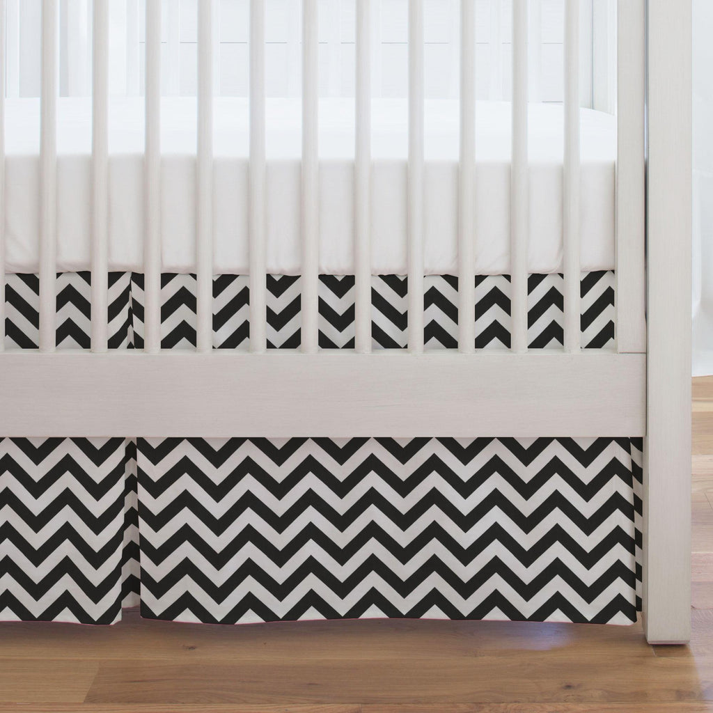 Product image for Black and White Zig Zag Crib Skirt Single-Pleat