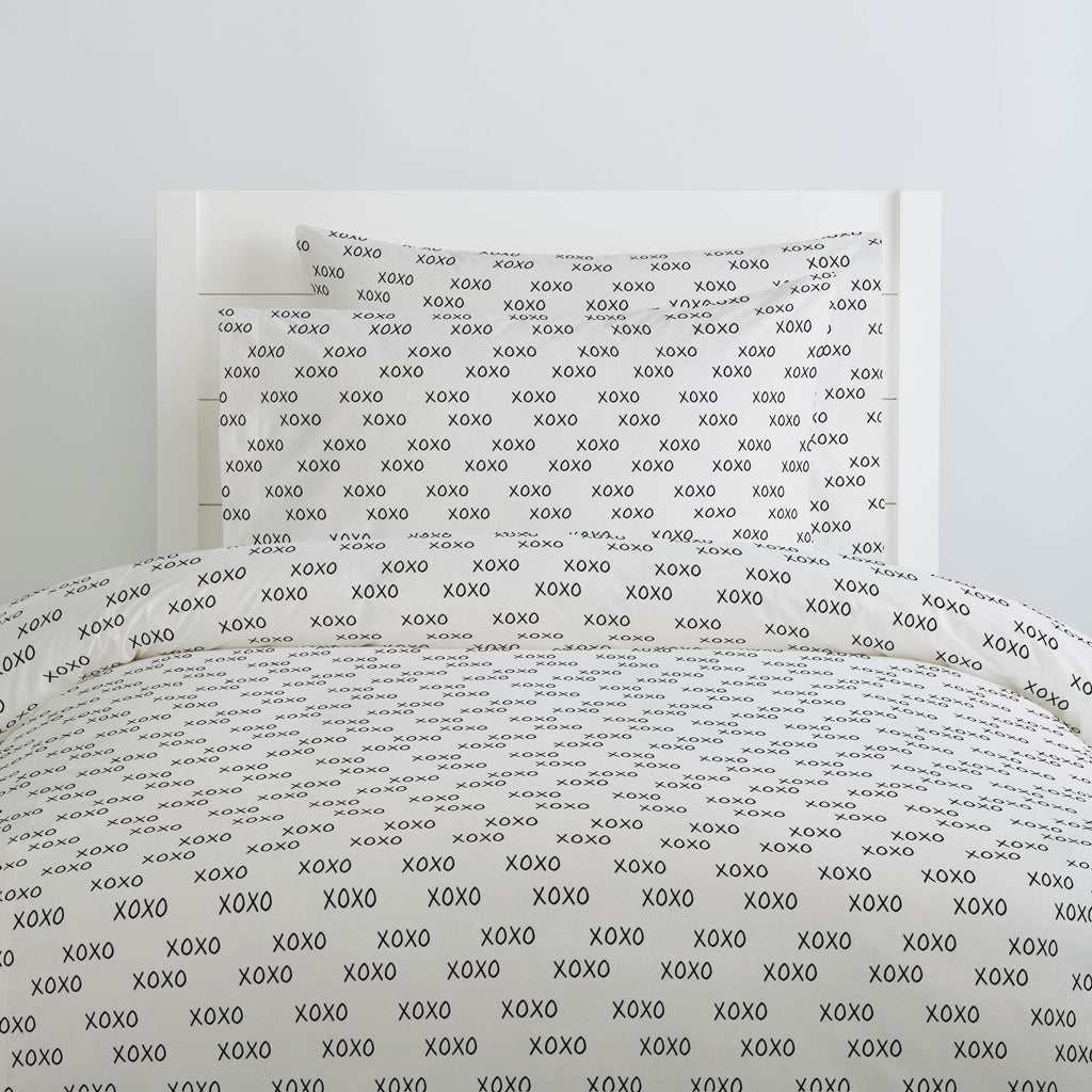 Product image for Onyx Hugs and Kisses Duvet Cover