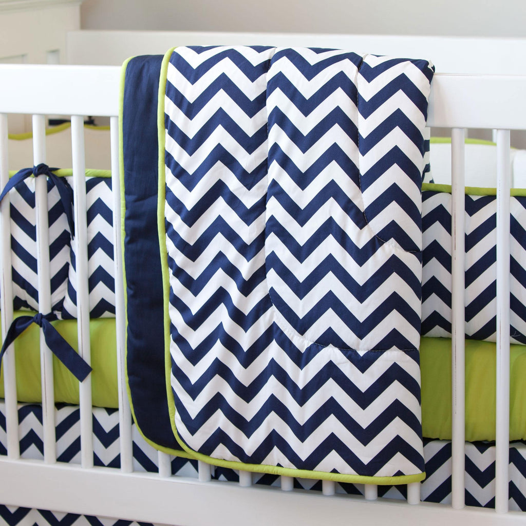 Product image for White and Navy Zig Zag Crib Comforter with Piping