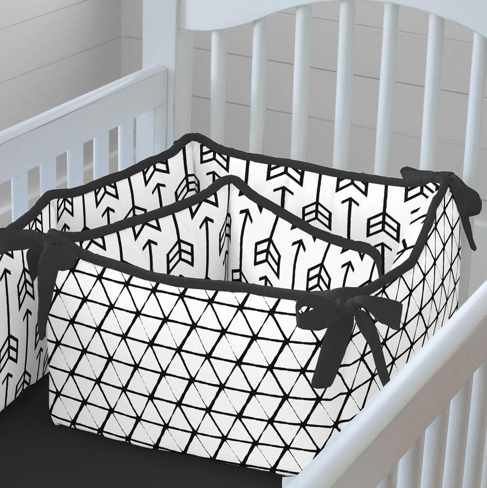 Product image for Black Arrow Crib Bumper