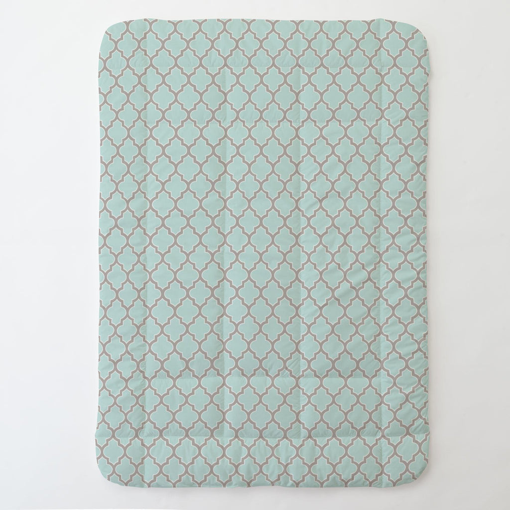 Product image for Mint and Taupe Hand Drawn Quatrefoil Toddler Comforter