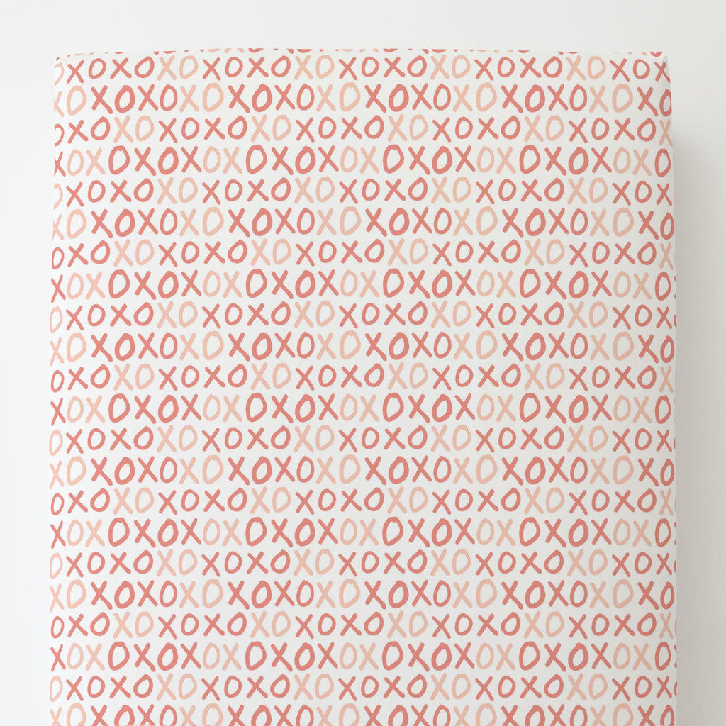 Product image for Light Coral and Peach XO Toddler Sheet Bottom Fitted
