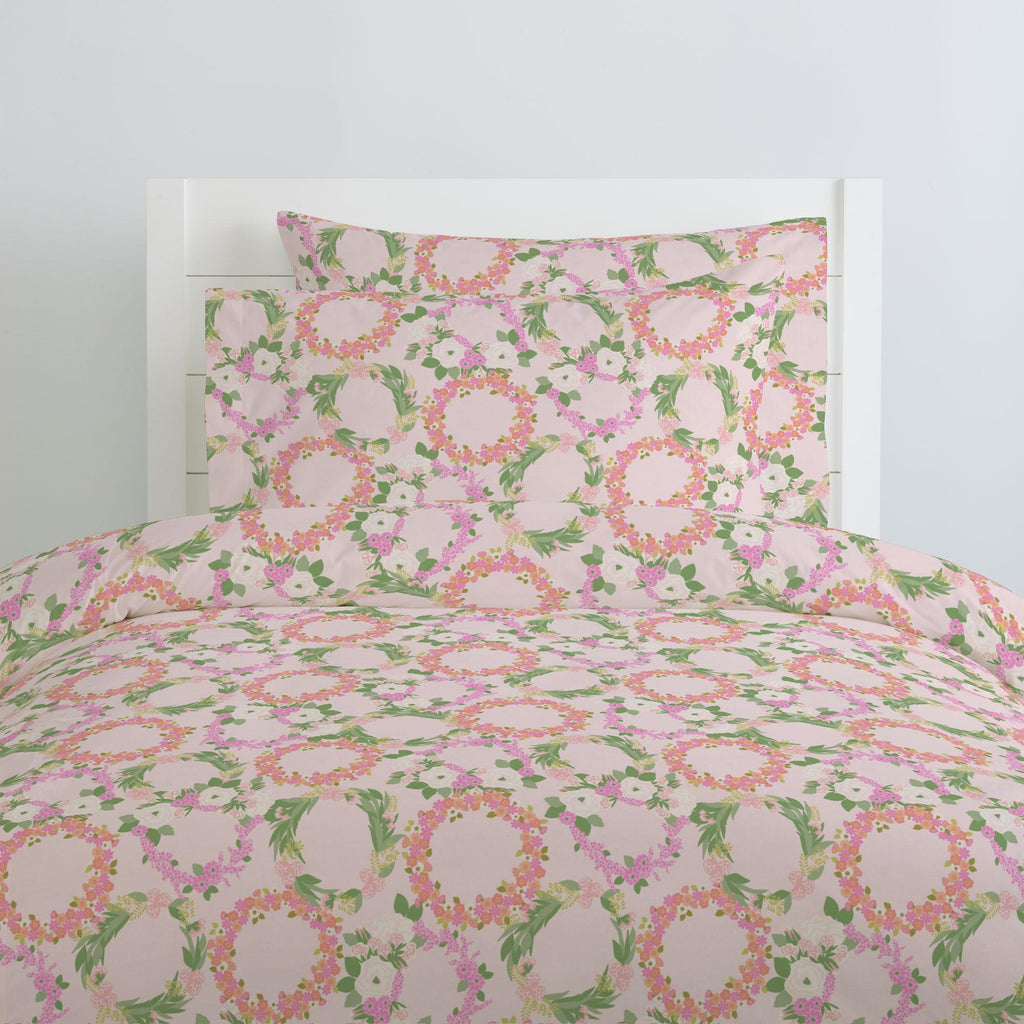 Product image for Pink and Coral Floral Wreath Duvet Cover