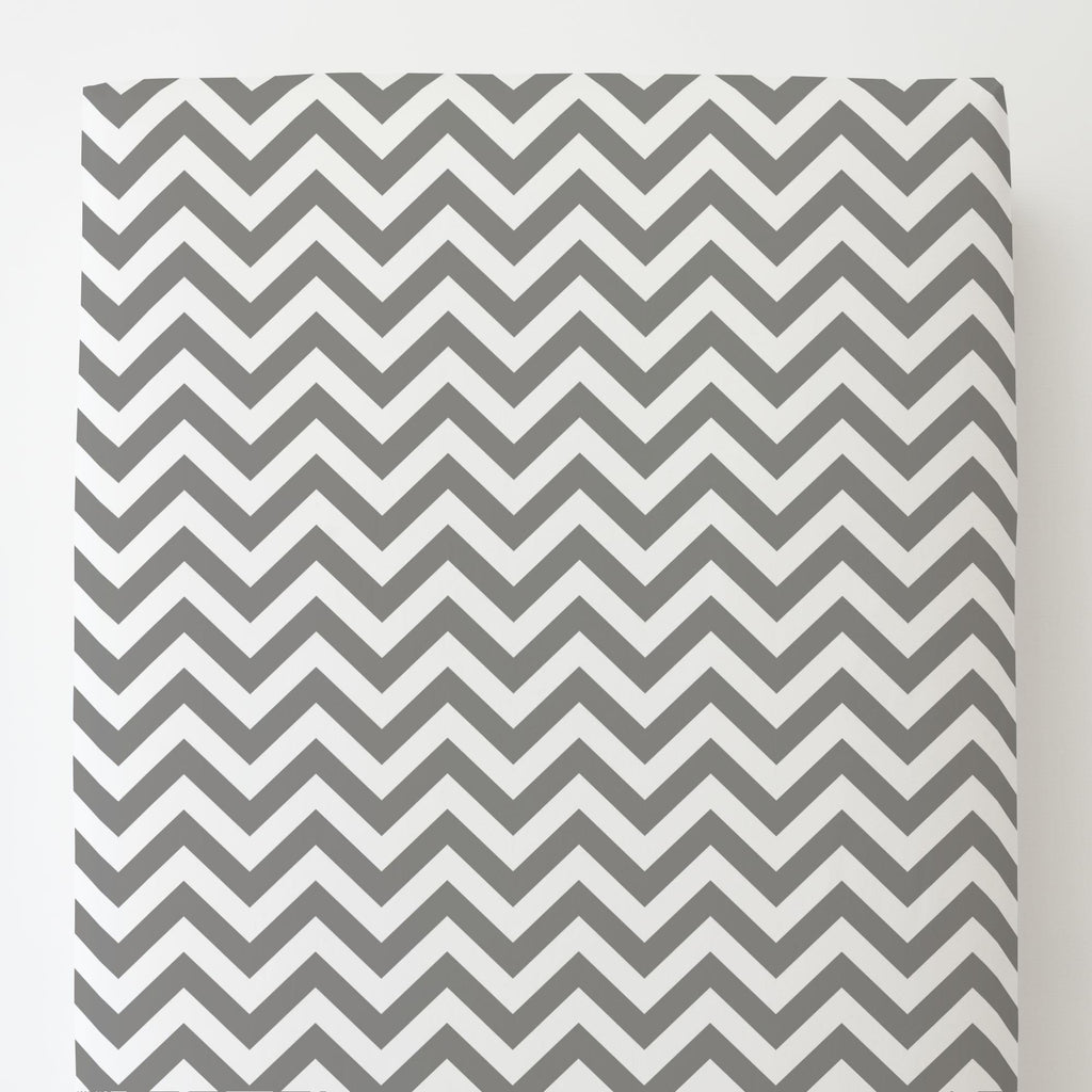Product image for White and Gray Zig Zag Toddler Sheet Bottom Fitted