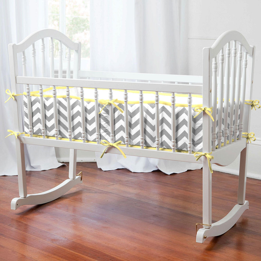 Product image for White and Gray Zig Zag Cradle Bumper