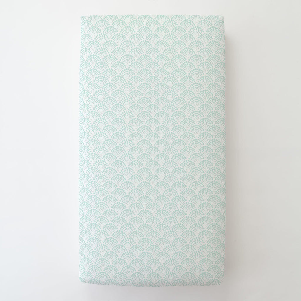 Product image for Icy Mint Scallop Dot Toddler Sheet Bottom Fitted