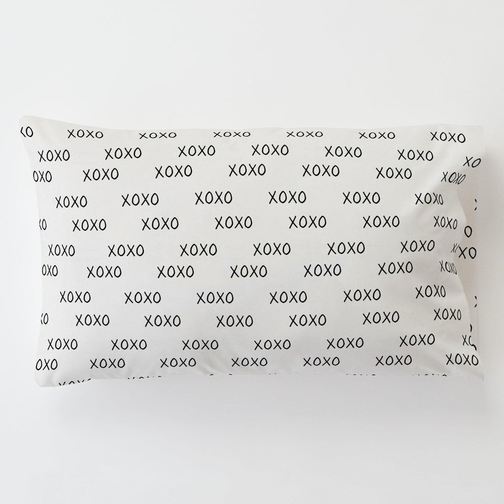 Product image for Onyx Hugs and Kisses Toddler Pillow Case