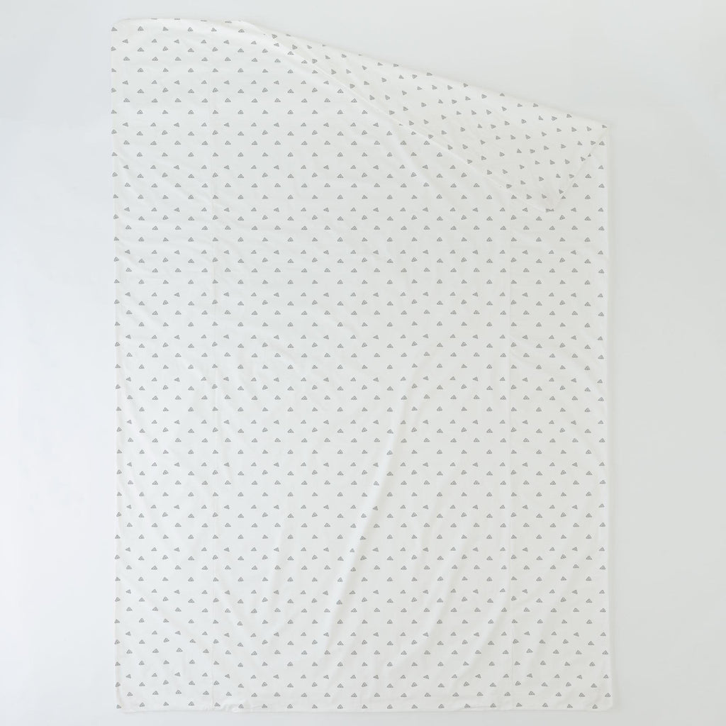 Product image for Silver Gray Triangle Dots Duvet Cover