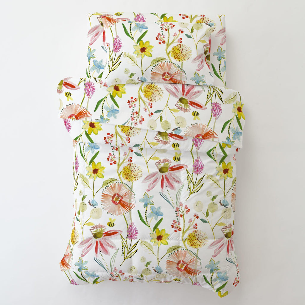 Product image for Watercolor Springtime Toddler Comforter