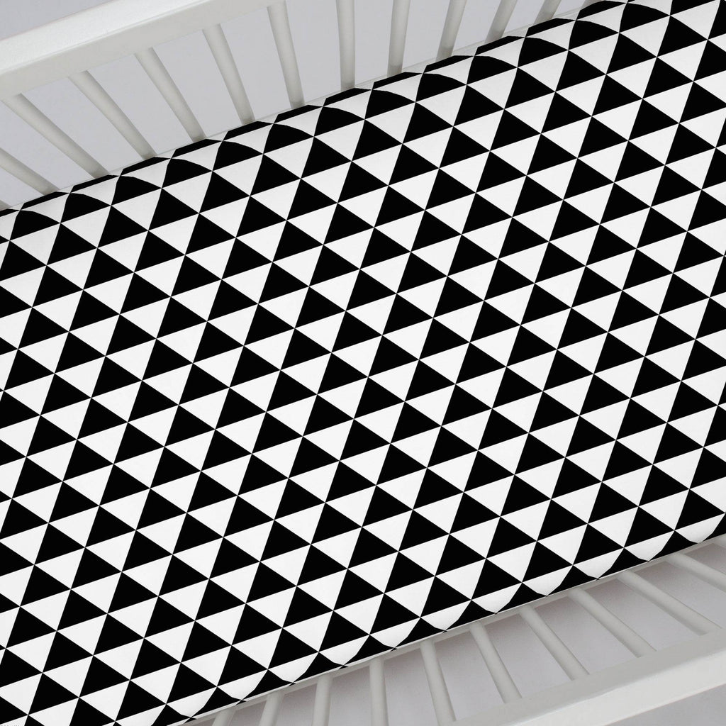 Product image for Onyx Triangle Stack Crib Sheet