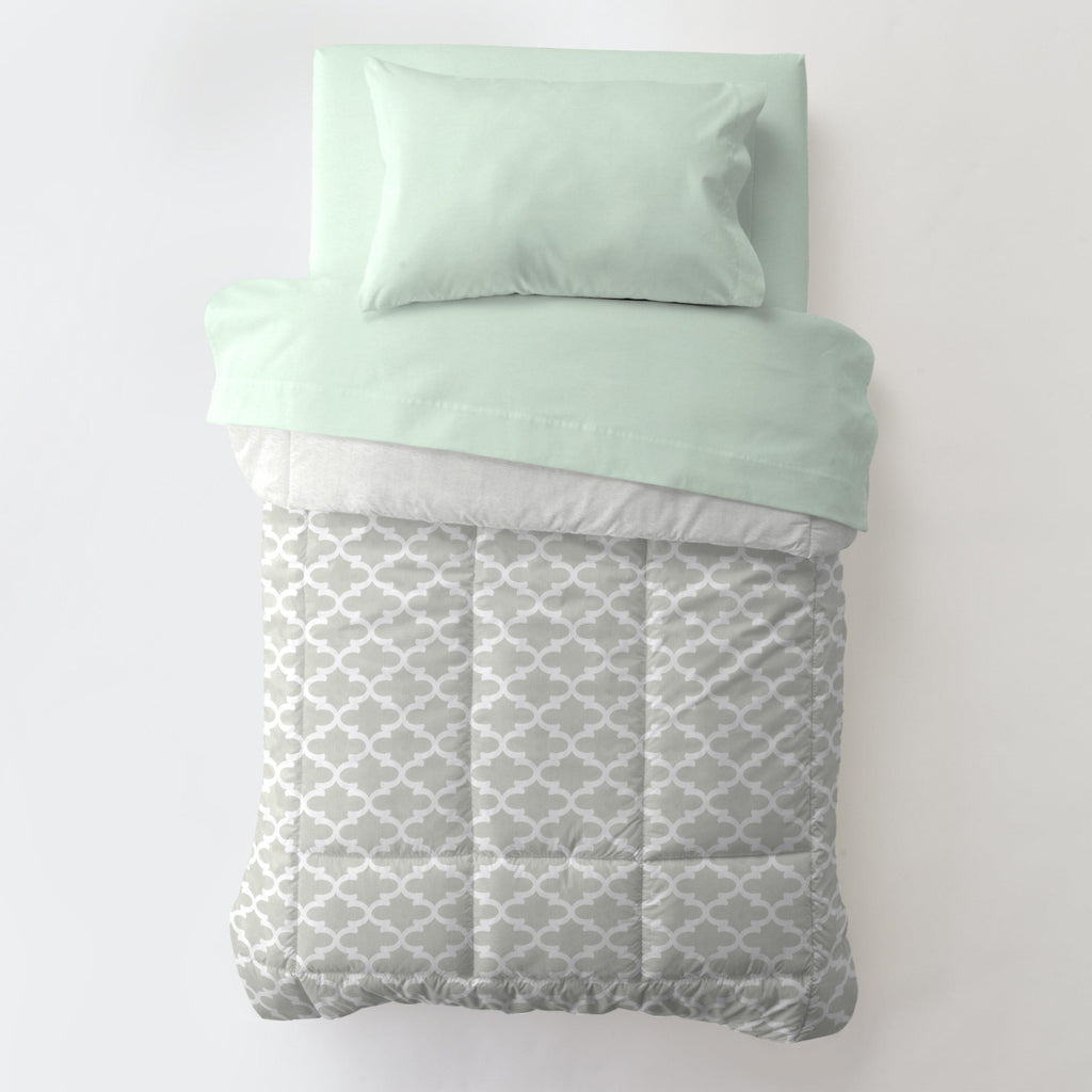 Product image for French Gray Quatrefoil Toddler Comforter