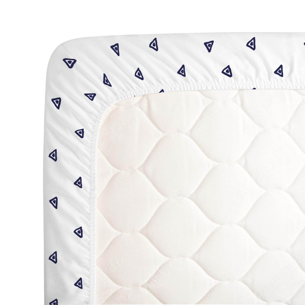 Product image for Navy Triangle Dots Crib Sheet