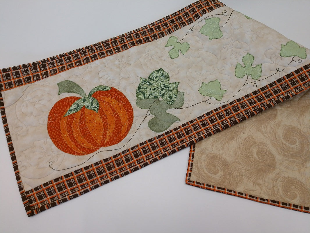 Patch Abilities Pumpkin Time Table Runner Kit