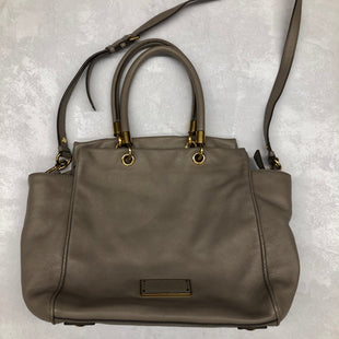 Primary Photo - BRAND: MARC JACOBS STYLE: HANDBAG DESIGNER COLOR: TAUPE SIZE: MEDIUM SKU: 191-191175-15359