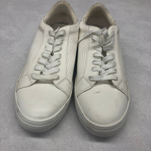 Primary Photo - BRAND: STEVE MADDEN STYLE: SHOES ATHLETIC COLOR: WHITE SIZE: 10 SKU: 191-19145-16239