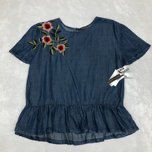 Primary Photo - BRAND: CHELSEA AND THEODORE STYLE: TOP SHORT SLEEVE COLOR: DENIM SIZE: M SKU: 191-191175-17058