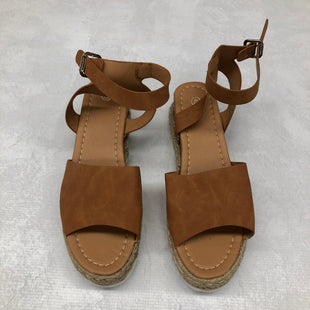 Primary Photo - BRAND:    CLOTHES MENTOR STYLE: SANDALS LOW COLOR: BROWN SIZE: 9 SKU: 191-19158-33144
