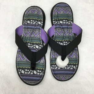 Primary Photo - BRAND:    CLOTHES MENTOR STYLE: SANDALS FLAT COLOR: BLACK SIZE: 10 SKU: 191-191175-17625