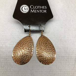 Primary Photo - BRAND:    CLOTHES MENTOR STYLE: EARRINGS SKU: 191-191212-8102