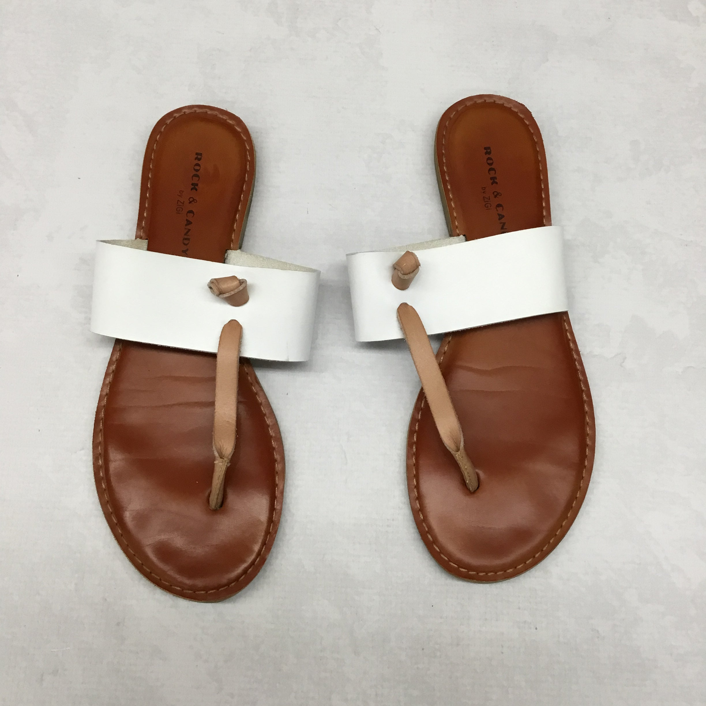 Primary Photo - BRAND: ROCK AND CANDY <BR>STYLE: SANDALS FLAT <BR>COLOR: WHITE <BR>SIZE: 10 <BR>SKU: 191-191229-2513