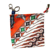 Load image into Gallery viewer, BATIK FACEMASK POUCH SEMPURNA