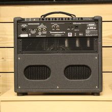Load image into Gallery viewer, Fender Bassbreaker 15 Combo- Express Shipping - (F-A116) Serial: M1722713