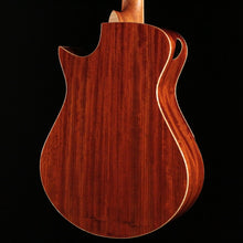 Load image into Gallery viewer, Maestro Vera PA CSB (Padauk/Spruce) - Express Shipping - (MAE-005) Serial: 19051264VEPACS64