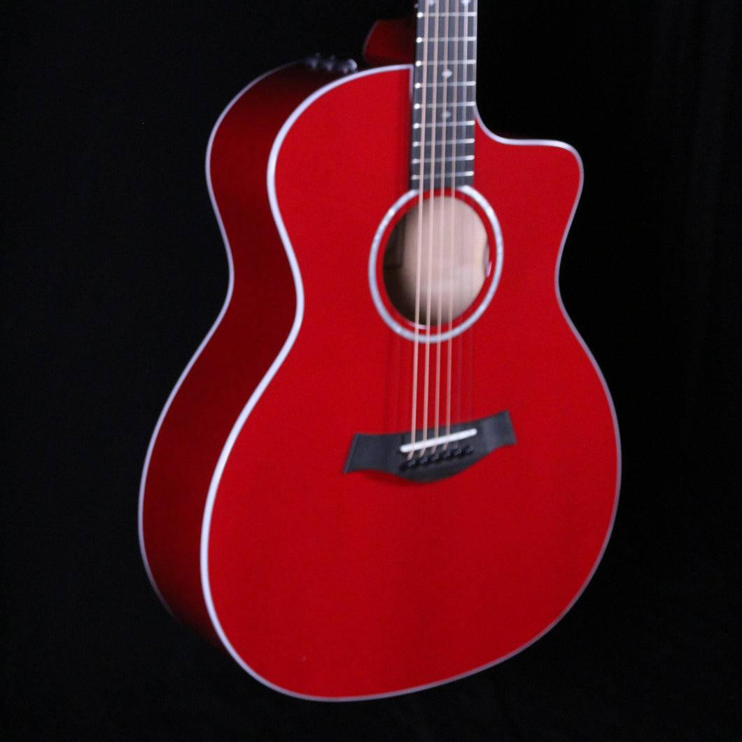 Taylor 214ce-RED DLX (Maple/Sitka Spruce) - Express Shipping - (T-341) Serial: 2202111275