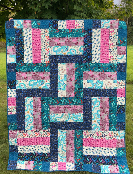 LAP QUILT - cotton & steal bricks