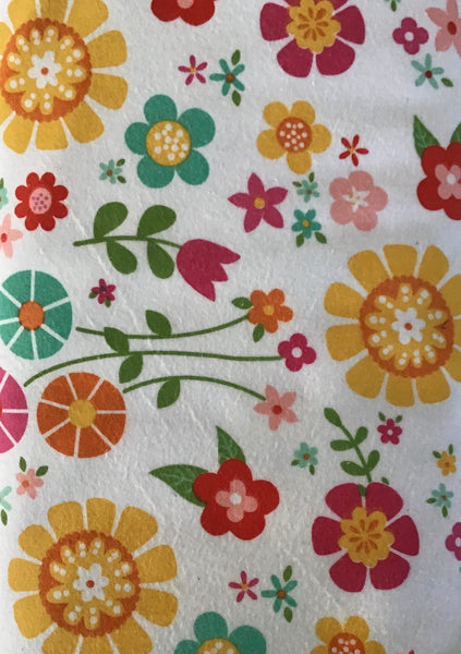 BLOOM WHERE YOU'RE PLANTED FLANNEL (F7159-WHITE) - fabric price per 1/4 meter