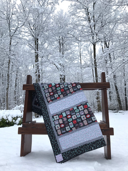 MINTED CHRISTMAS - lap quilt kit
