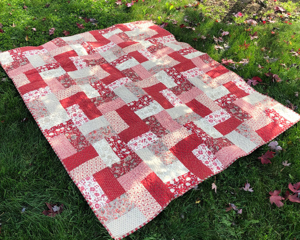 LAP QUILT & RUNNER - French general bricks