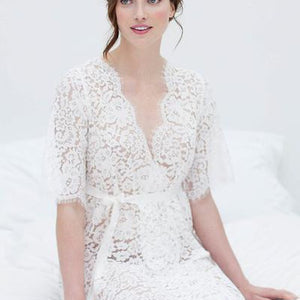 Girl & A Serious Dream - Elizabeth Lace Robe Off White
