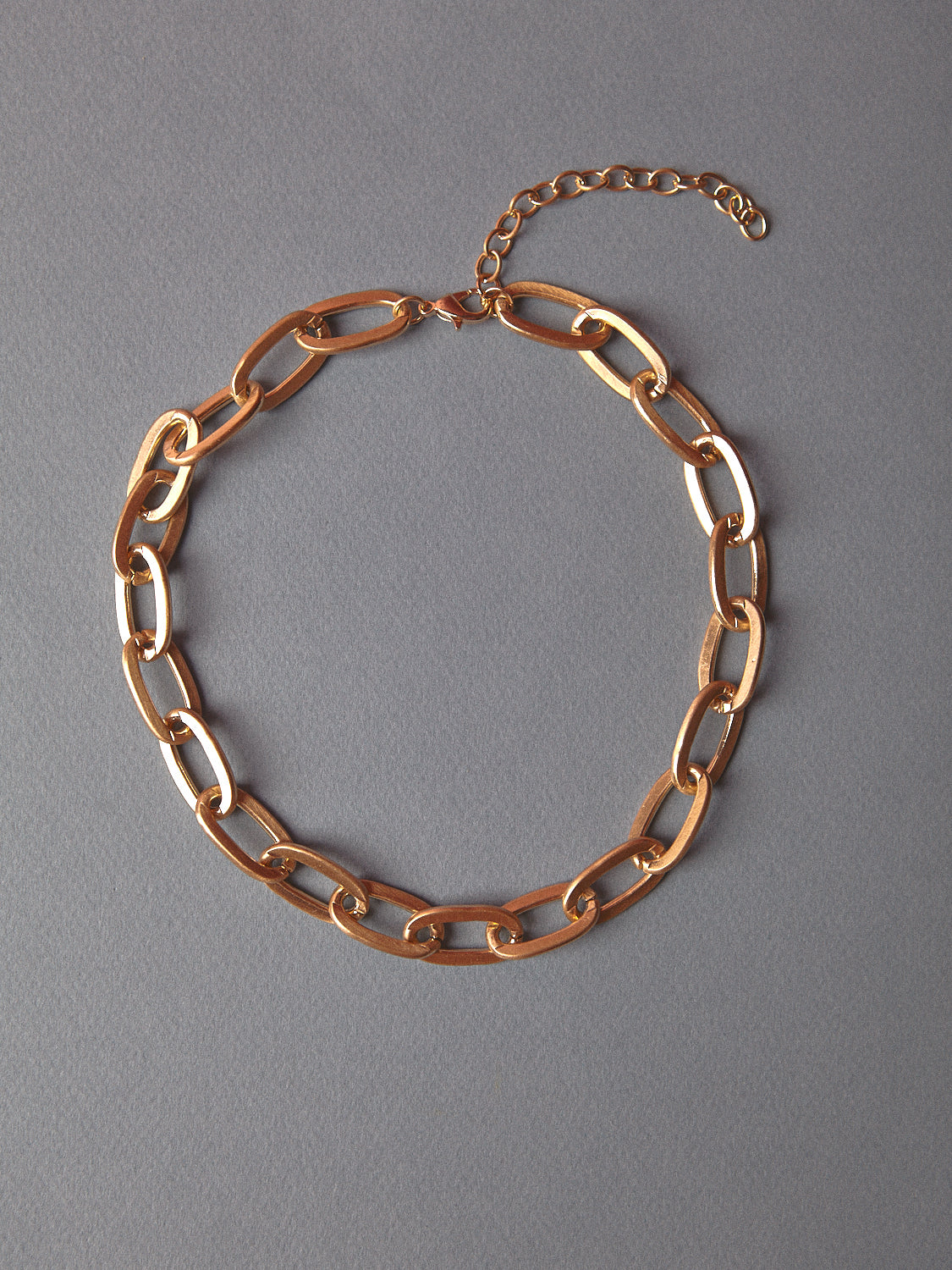Small Oval Matte Chain Necklace