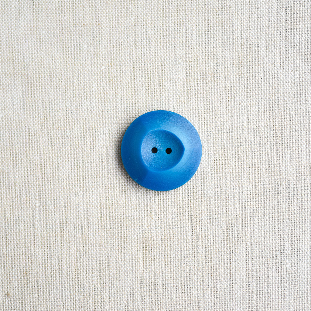 The Button Dept. : Plastic : Blue Raspberry Winegum