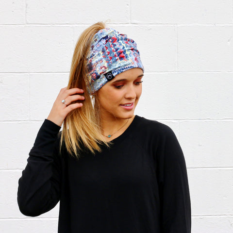 Pretty Simple - Multicolor Peek-a-Boo Beanie