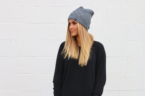 Pretty Simple - Winter Knit Peek-a-Boo Beanie