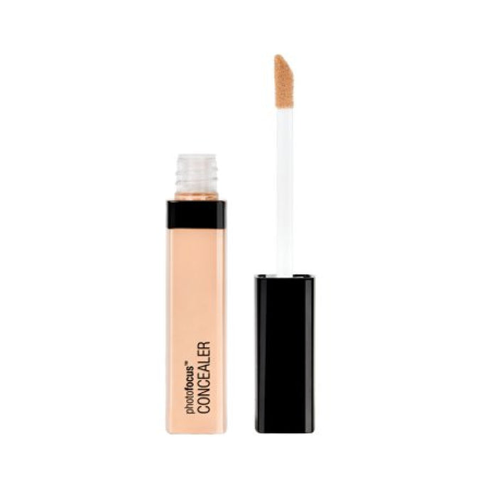 WET AND WILD PHOTO FOCUS CONCEALER LIGHT IVORY