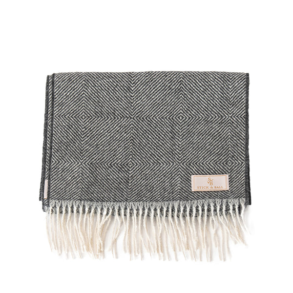 Stick & Ball Alpaca Diamond Motif Scarf in Gray