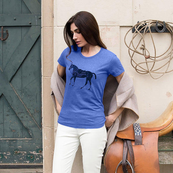 Woman wearing Polo Pony T-shirt - Blue - Stick & Ball