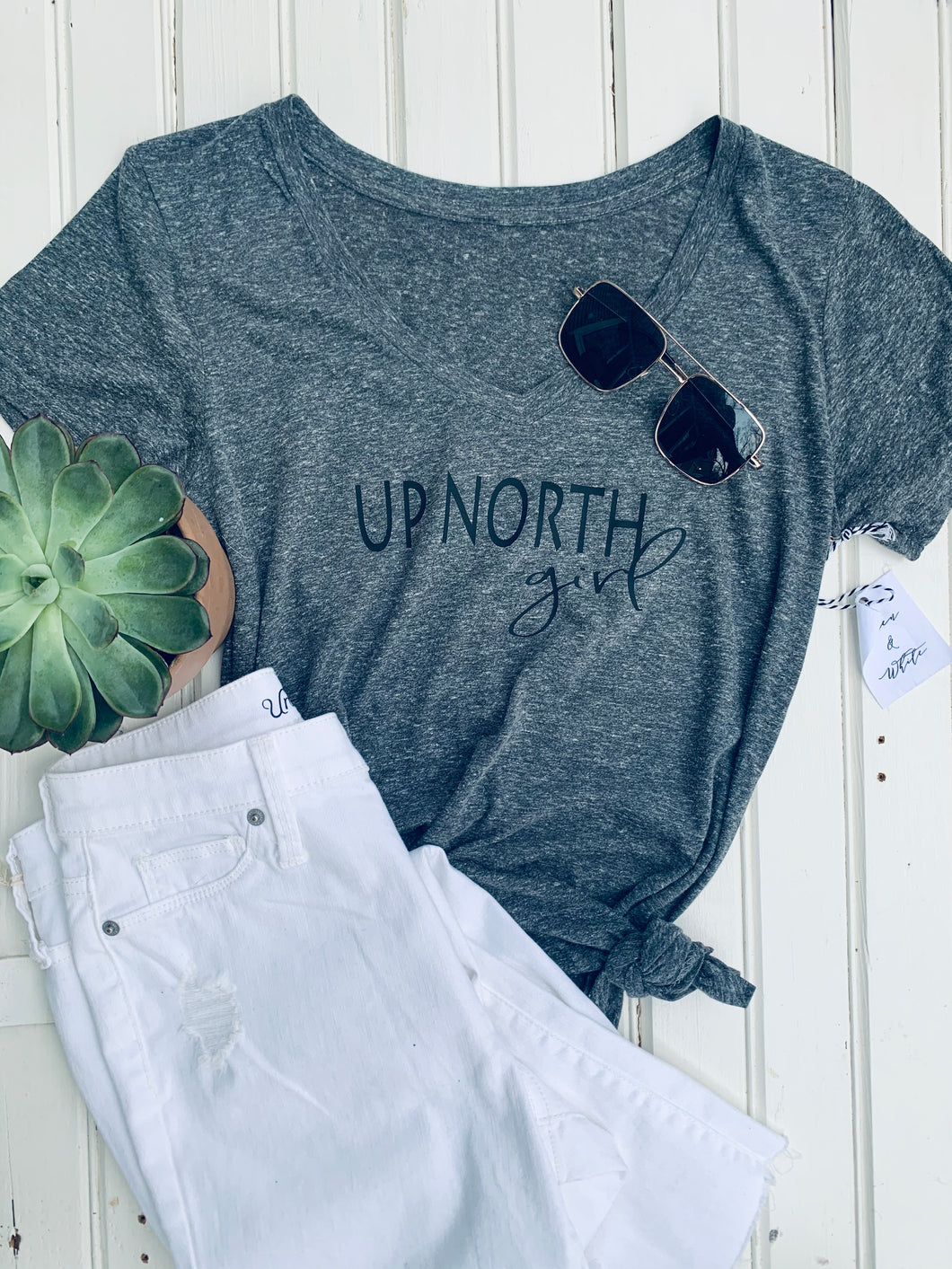 [Z] Up North Girl Classic V-Neck Tee - Black Heather