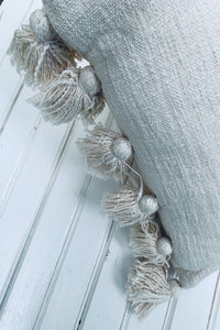 [D]Tassel Pillow- Natural
